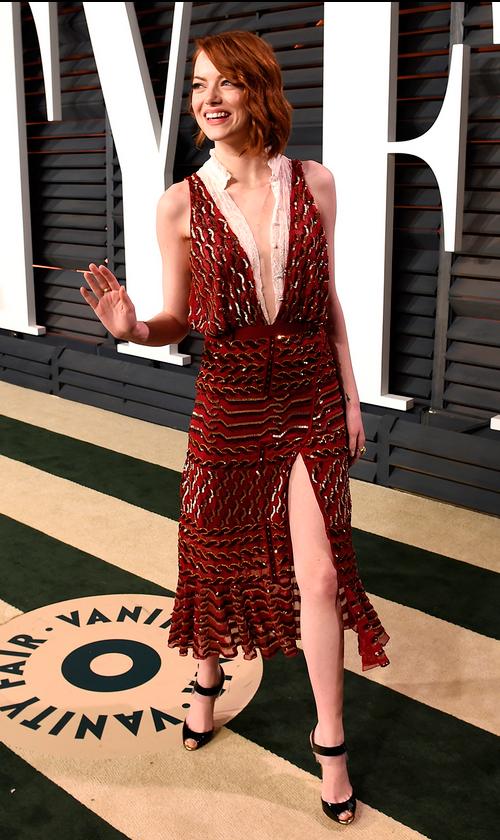 Emma Stone en Altuzarra Otoño Invierno 2015, directo de la pasarela.