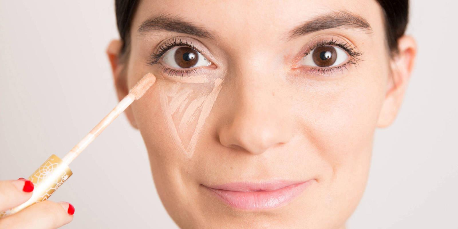 Trucos para aplicar el corrector cosmético | Brusher