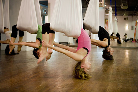 1- aerial yoga brusher