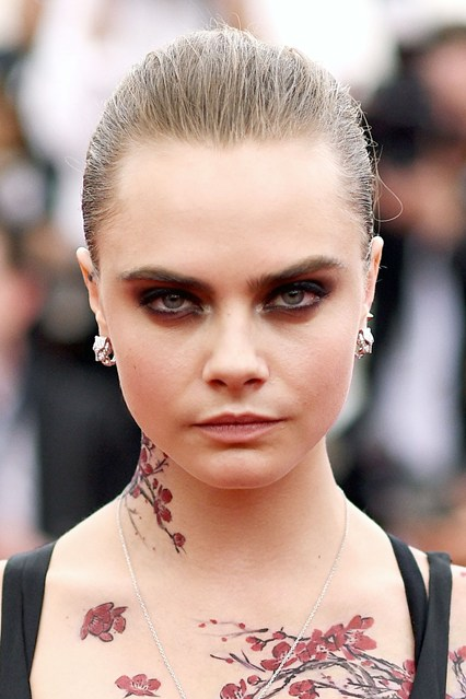 Cara-Delevingne-beauty-Vogue-5May15-Getty_b_426x639