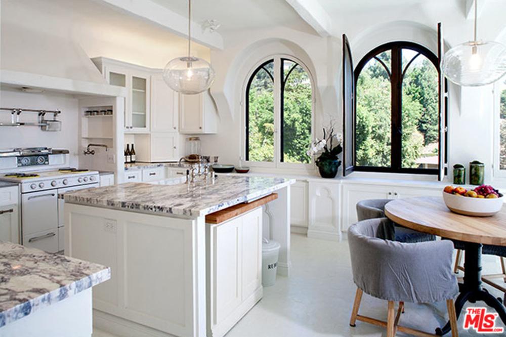 Sia-House-Kitchen