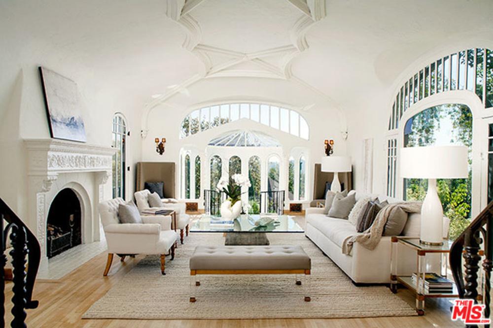 Sia-House-Living-Room