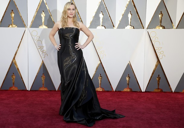 """Kate Winslet, nominated for Best Supporting Actress for her role in """"Steve Jobs,"""" arrives at the 88th Academy Awards in Hollywood, California February 28, 2016.  REUTERS/Lucy Nicholson"""