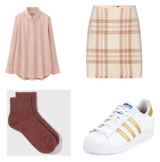 Blusa UNIQLO; calcetines Fuzzy; falda Marc Cain; zapatillas Adidas.